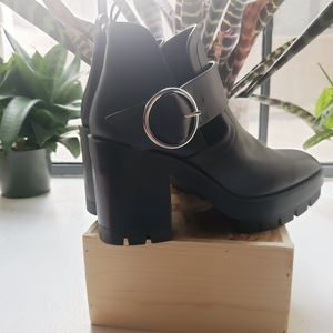 Zara Black Platform Boots